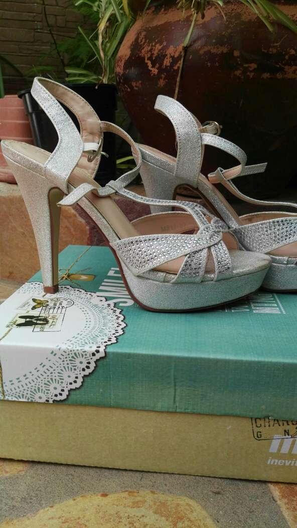 Imagen zapatos mujer tacon