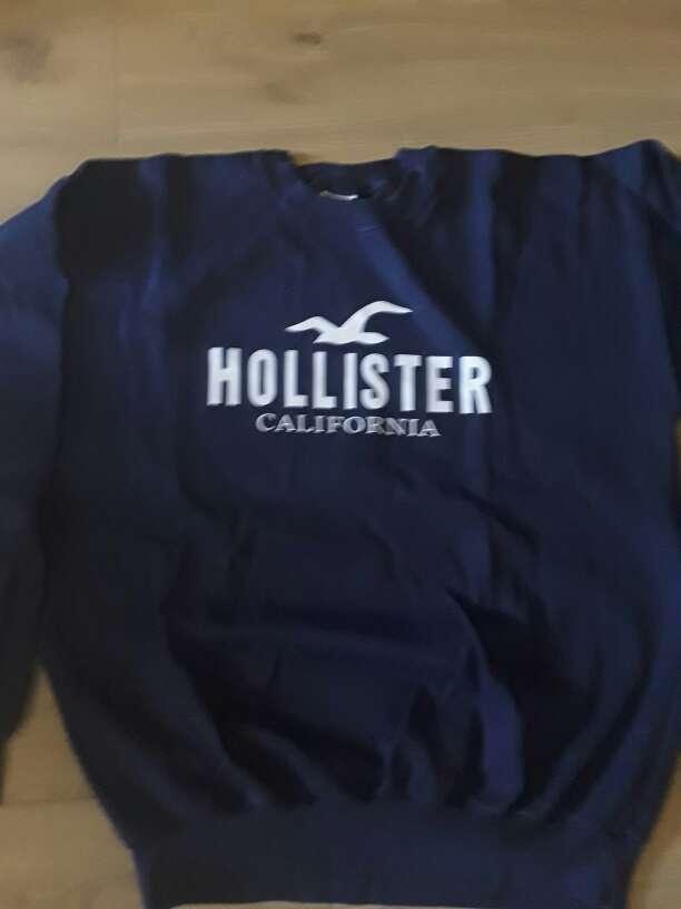 Imagen Jersey Hollister  Talla L  nuevo