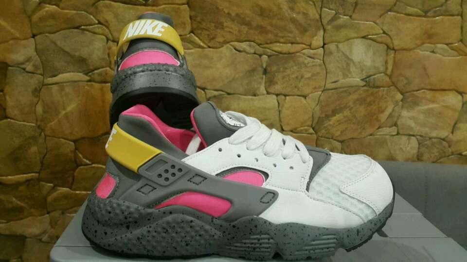 Imagen zapatillas Nike hawarache n37 n38 y n39 disponibles