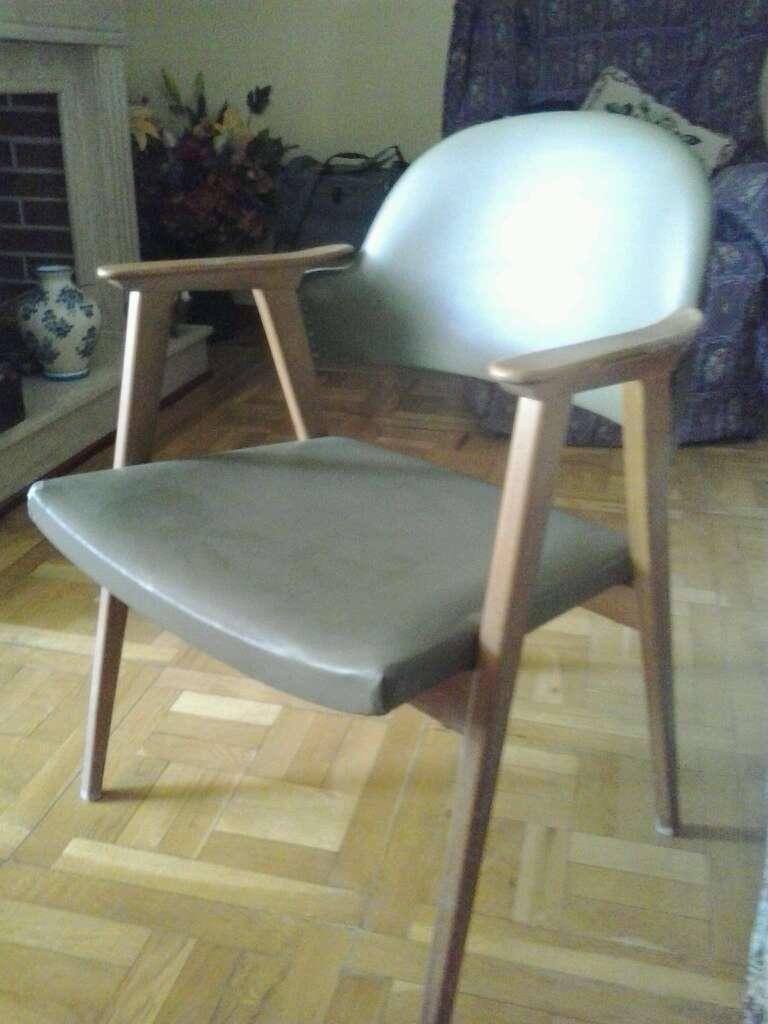 Imagen producto Silla madera acolchada 2