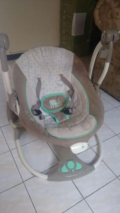 Imagen columpio para bebé
