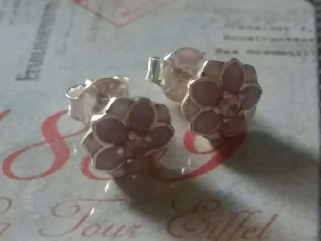 Imagen producto Pendientes de flores rosas y blancas  3