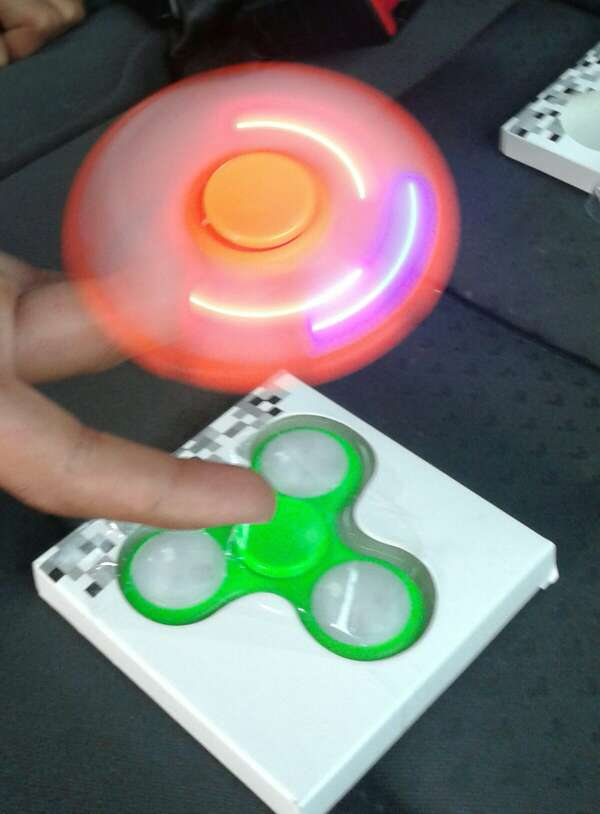Imagen producto Spinners de luces 2