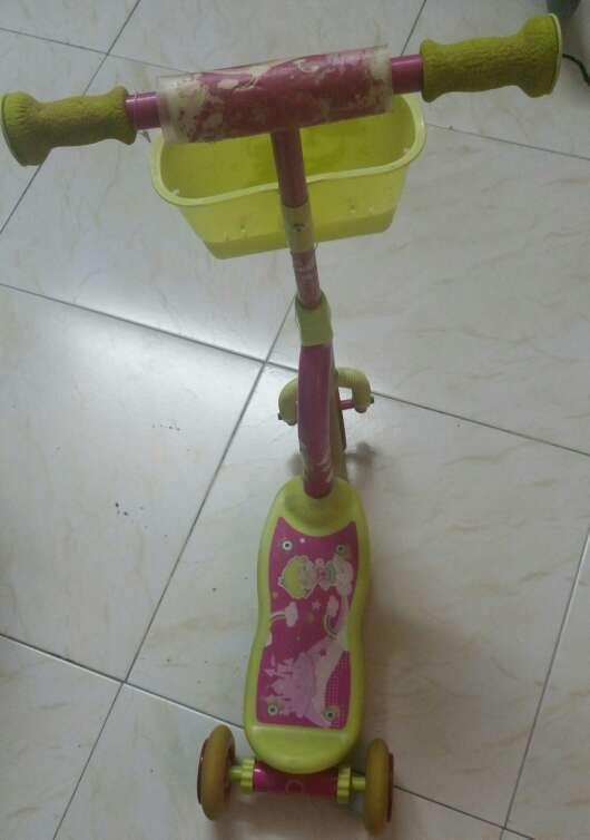 Imagen patinete infantil