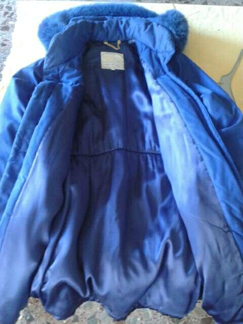 Imagen producto Abrigo azul vendo o cambio para una maquina de coser en bueno estado. Escuche ofertas  3