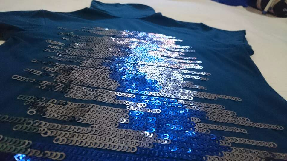 Imagen producto Camiseta azul lentejuelas  2