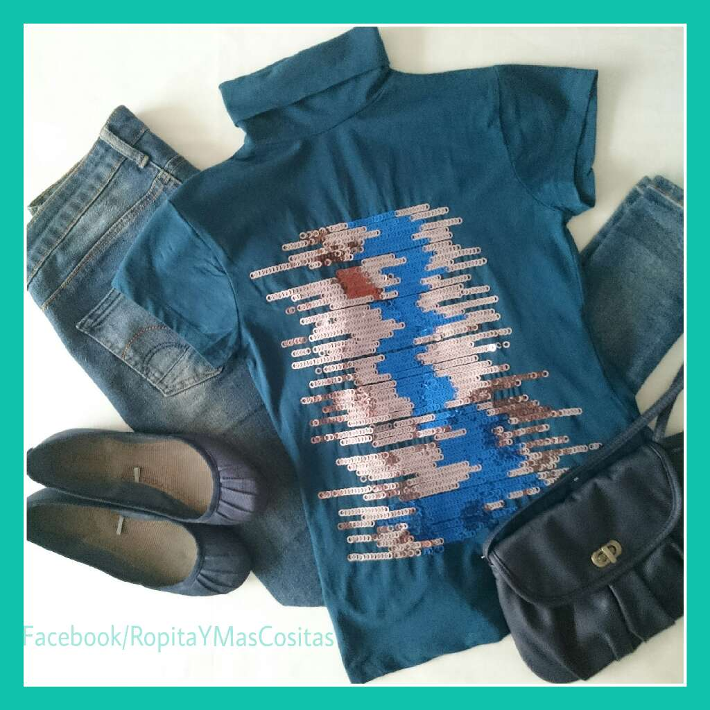 Imagen Camiseta azul lentejuelas