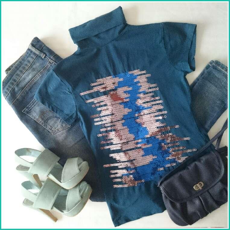 Imagen producto Camiseta azul lentejuelas  4