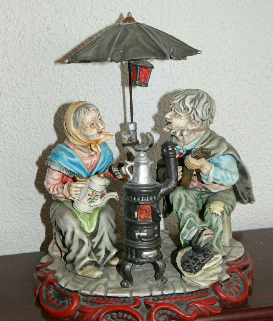 Imagen producto Figura Decorativa Ancianos 2