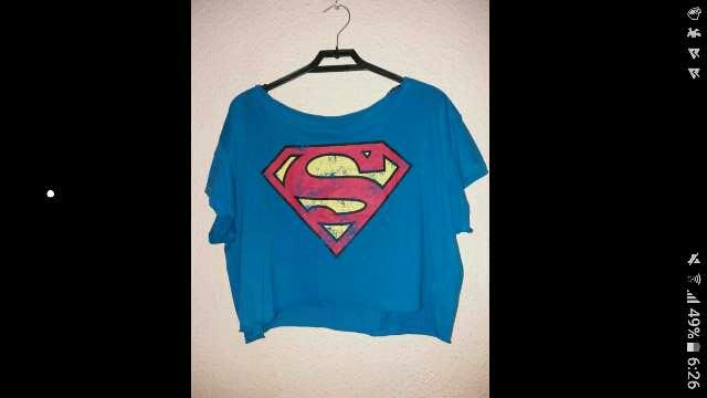 Imagen camisa estampado superman