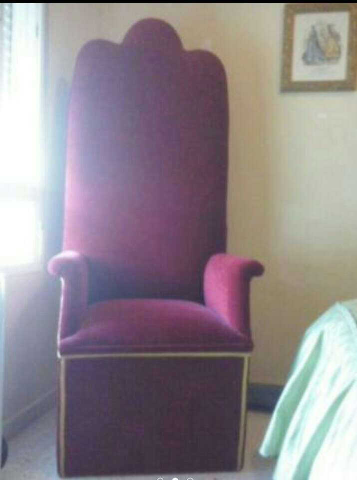 Imagen sillón rey mago