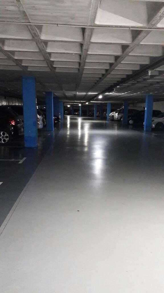 Imagen producto Parking en calle australia manzana Ila salud 2