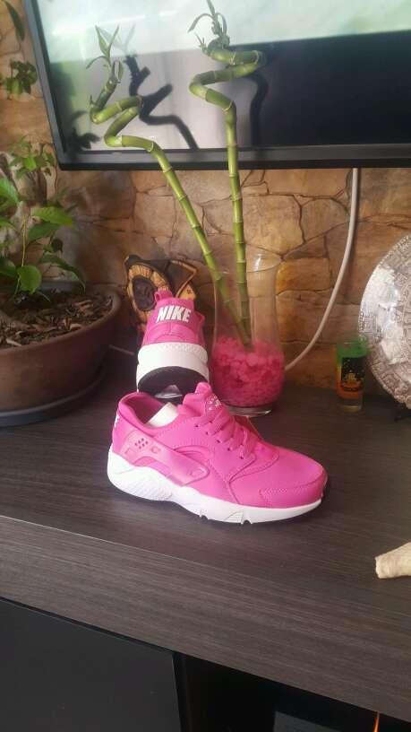 Imagen Nike Hauarache Rosa Fuxia n36 y n40