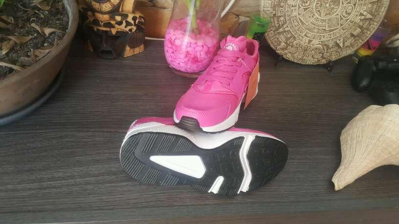 Imagen producto Nike Hauarache Rosa Fuxia n36 y n40 3