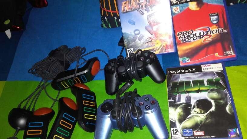 Imagen producto Play station comoleta 4