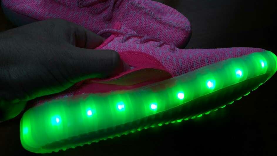 Imagen producto Tenis con luces 4