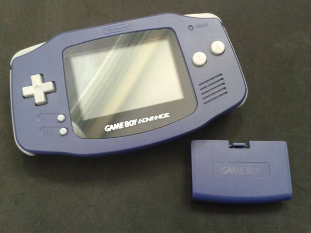 Imagen producto Game Boy Advance Violeta 2