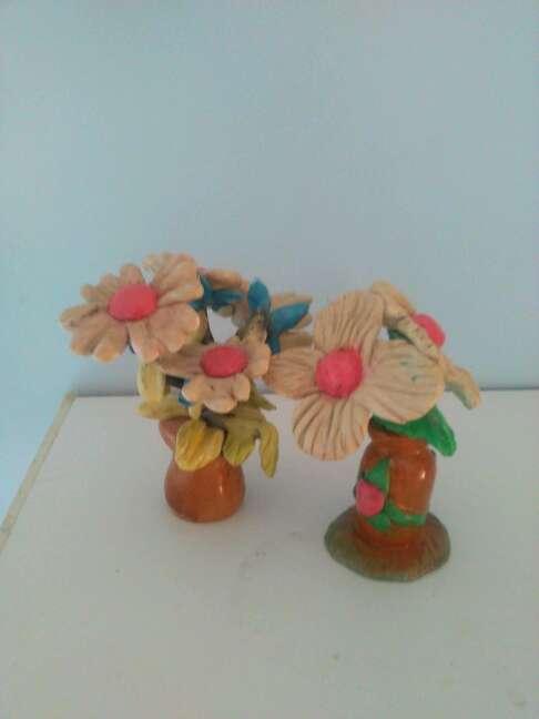 Imagen due bellissime statuette raffiguranti fiori fatti a mano