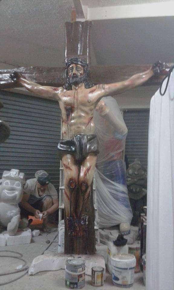 Imagen producto Cristos  encargós imaginarás  2