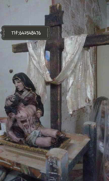 Imagen producto Cristos  encargós imaginarás  4