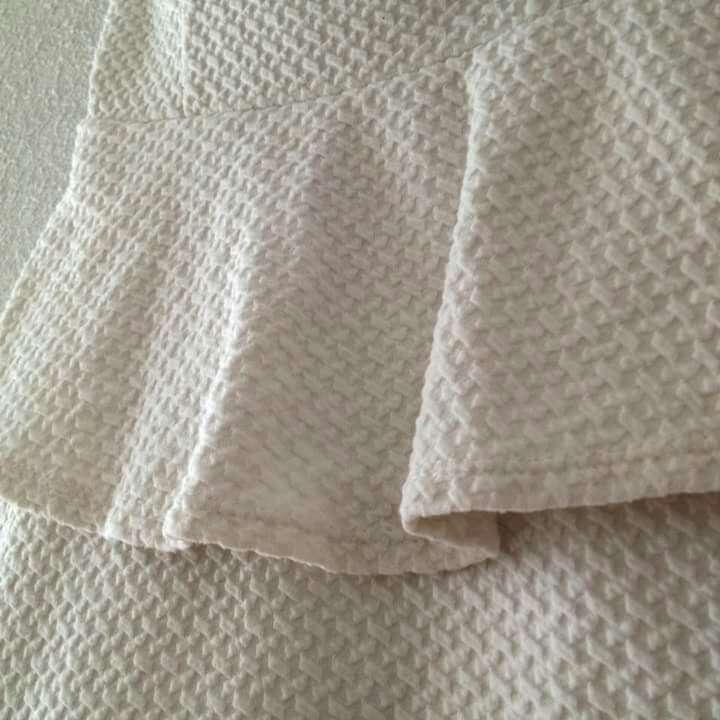 Imagen producto Vestido blanco peplum  2