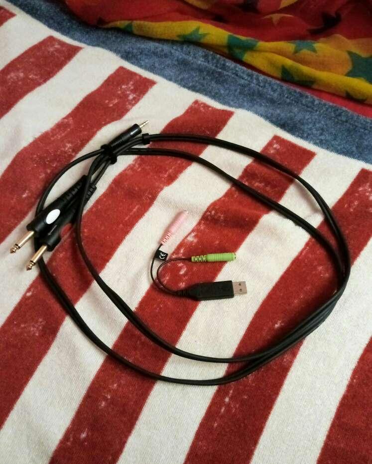 Imagen producto Mesa Sonido Behringer + cables conectores 2
