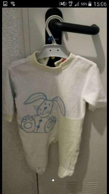 Imagen pijama . conejo