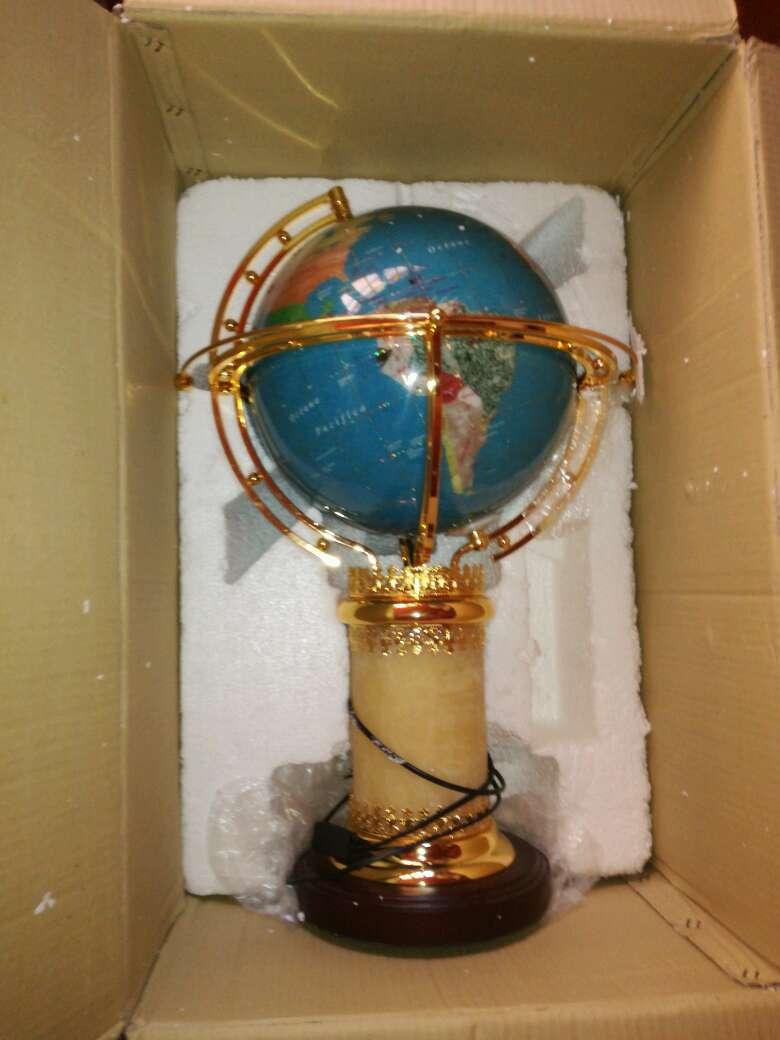 Imagen bola del mundo en muy buen estado I preciosa