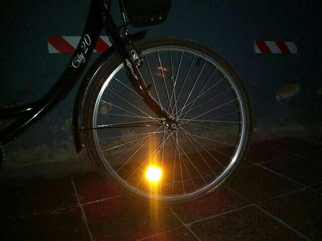 Imagen bici negra i nuevS