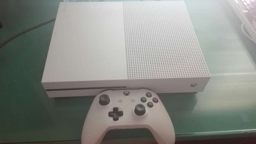 Imagen Xbox one s 500G