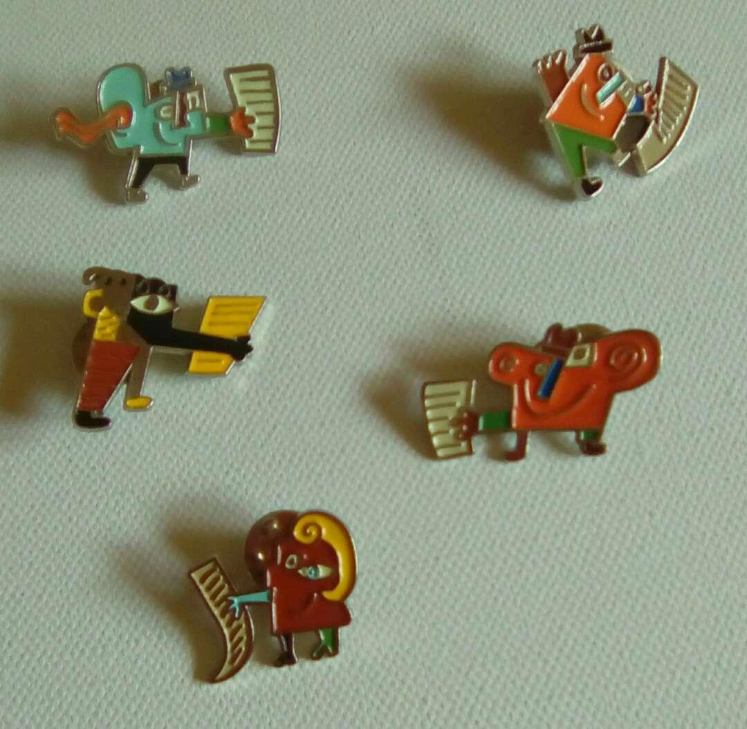 Imagen Pins (Mariscal)