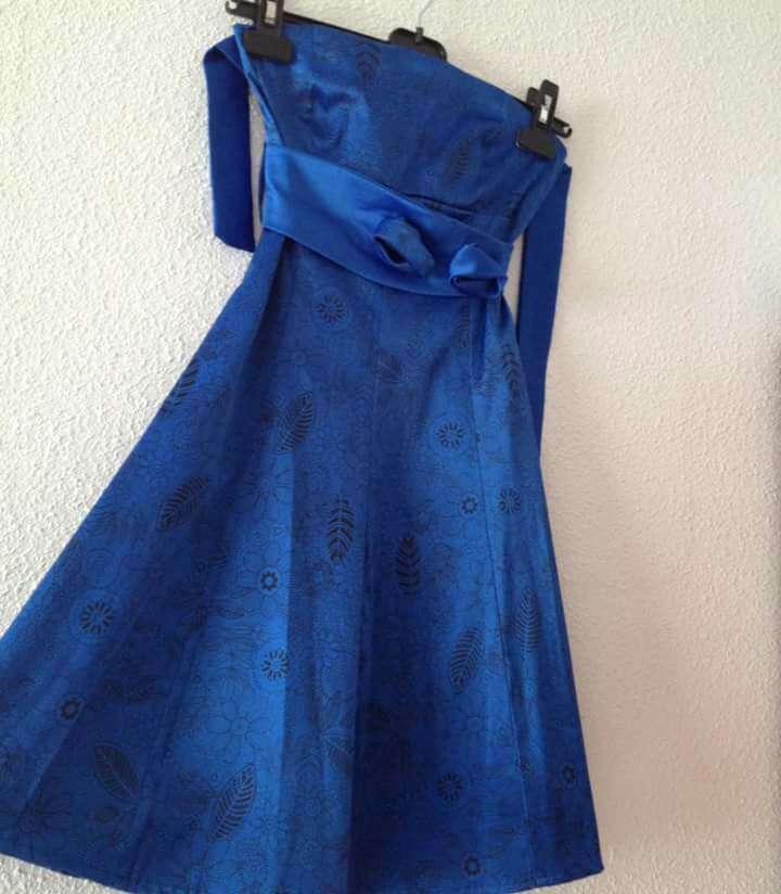 Imagen Vestido fiesta azul Royal con flores