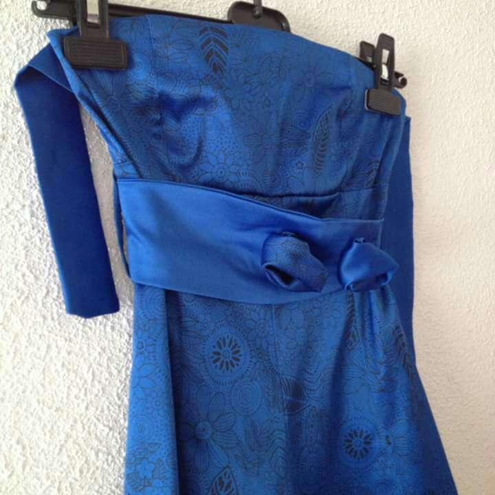 Imagen producto Vestido fiesta azul Royal con flores  2