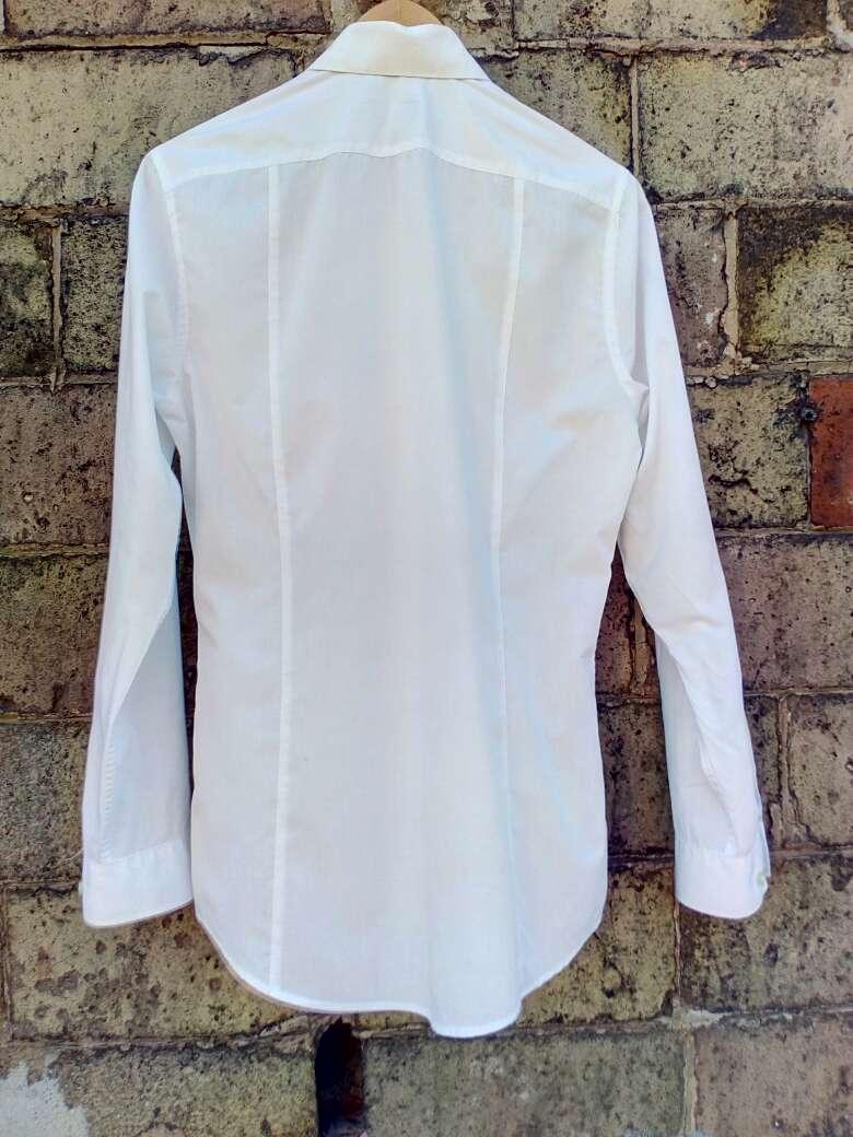 Imagen producto Camisa. blanca hombre t.S H&M casi nueva 3