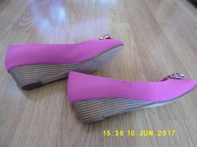 Imagen producto Zapatos rosas 2