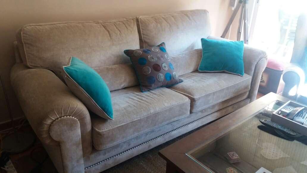 Imagen producto Sofa 3 plazas 1