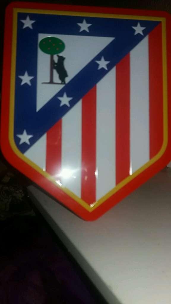 Imagen Atletico de Madrid cajita de metal