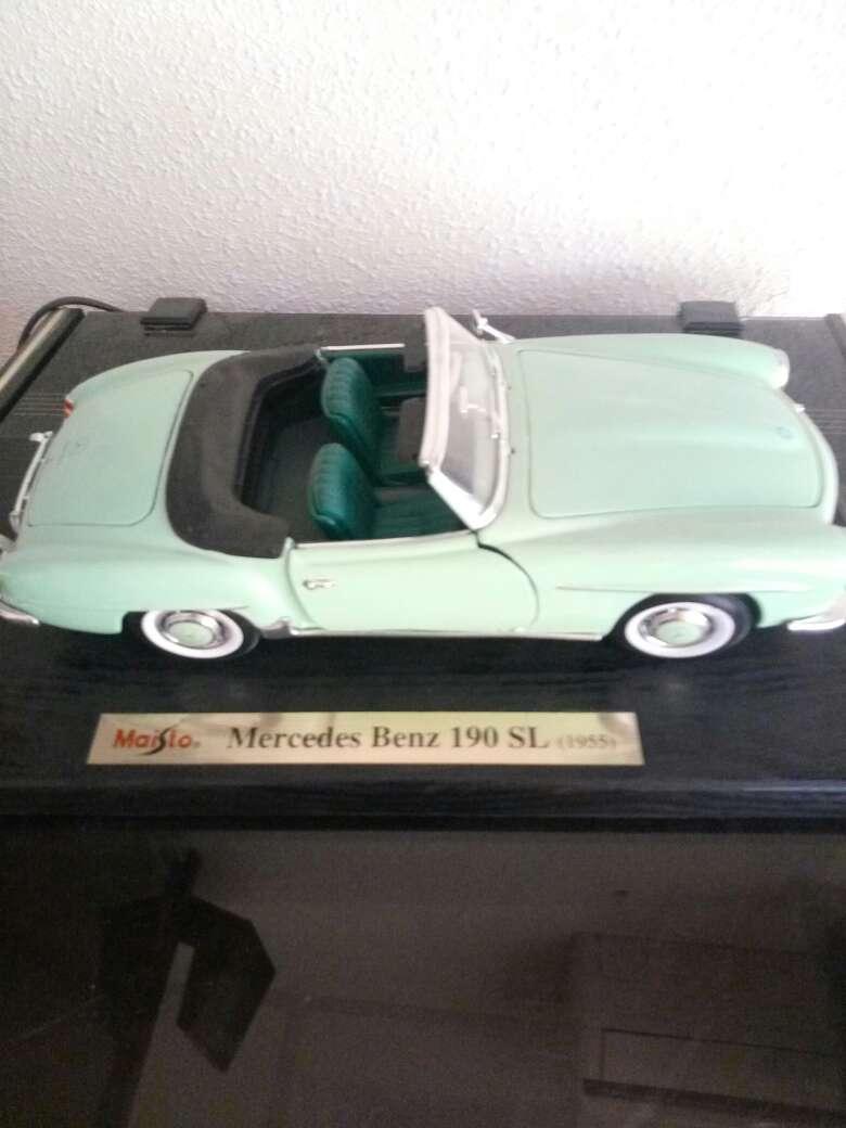 Imagen replica Mercedes