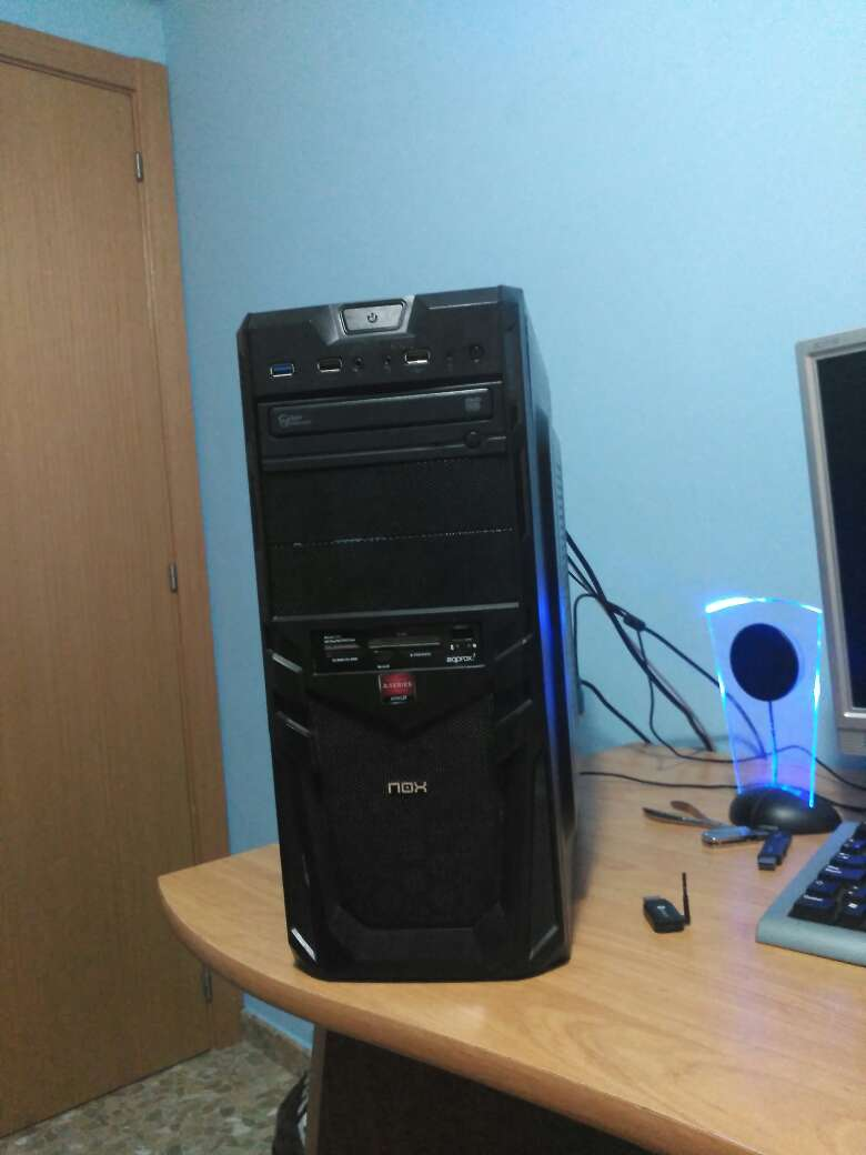 Imagen Ordenador AMD A-8 Windows 7