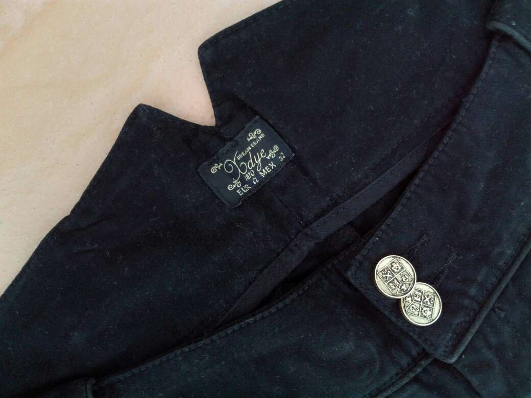 Imagen producto Pantalones pirata t.40/42 PULL&BEAR mujer 4