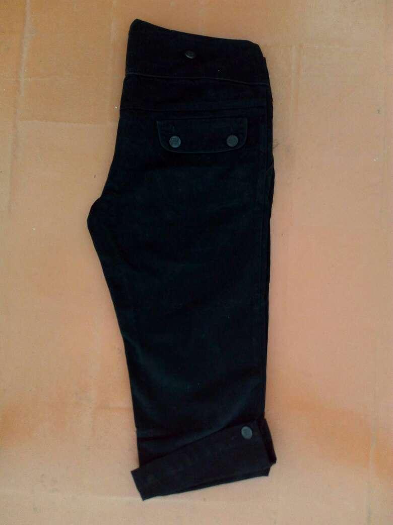 Imagen producto Pantalones pirata t.40/42 PULL&BEAR mujer 3