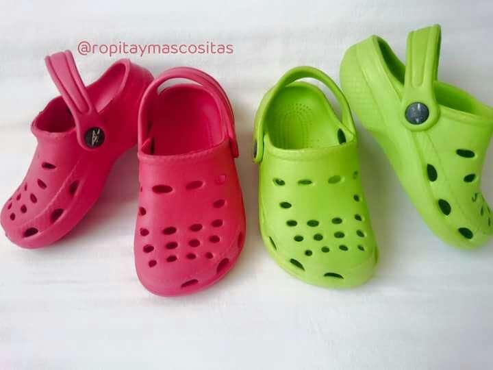Imagen producto Lote Zuecos tipo Crocs  3