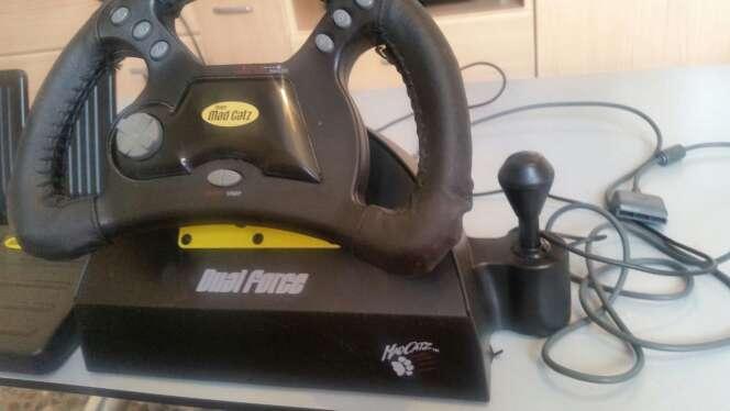 Imagen producto Volante y pedales de playstation 1 2