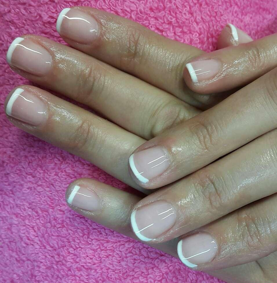 Imagen producto Salón de uñas 2