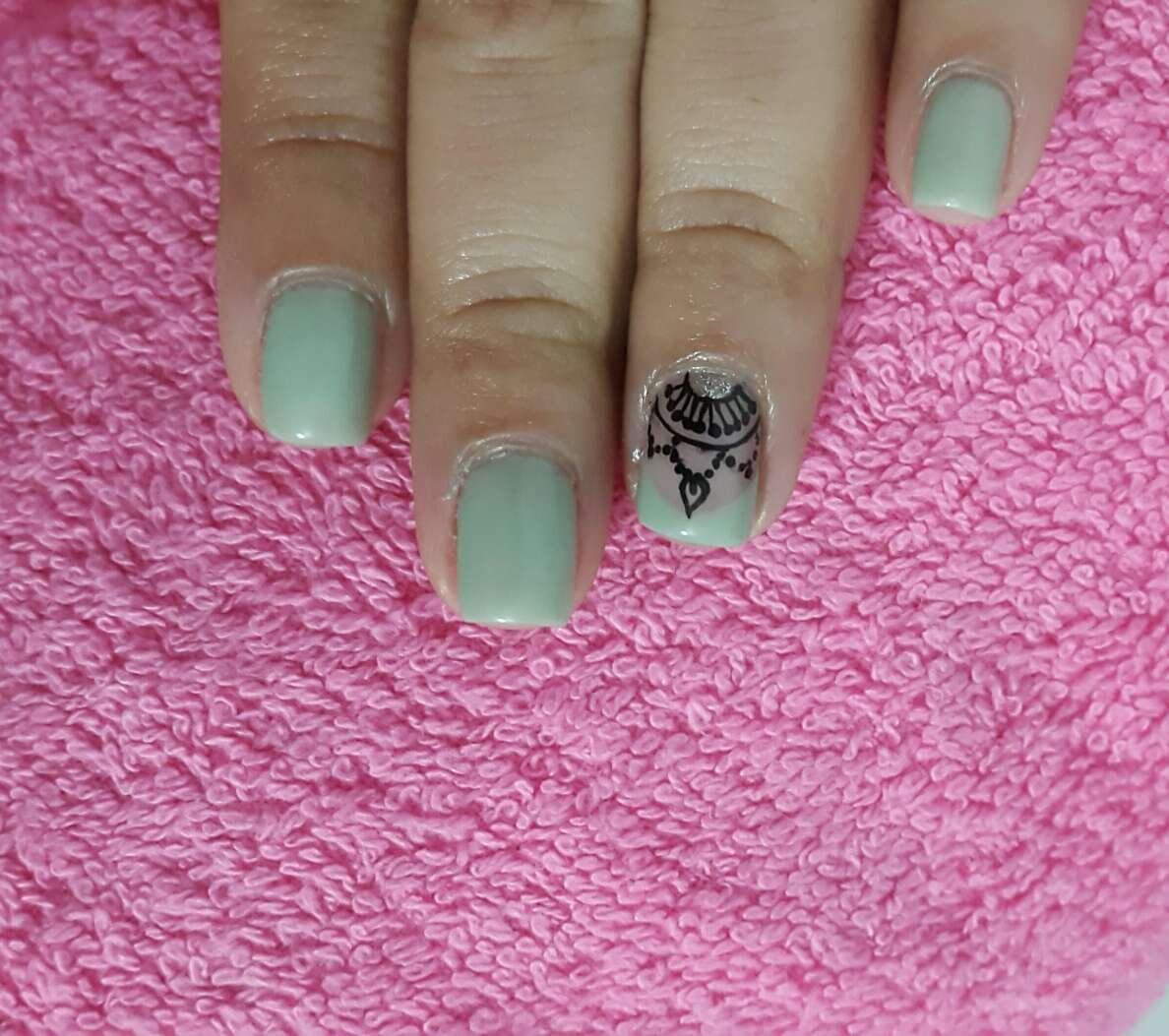 Imagen producto Salón de uñas 4