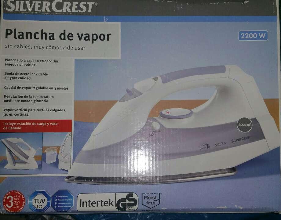 Imagen Plancha de vapor sin cable inalambrica nueva 2200 W
