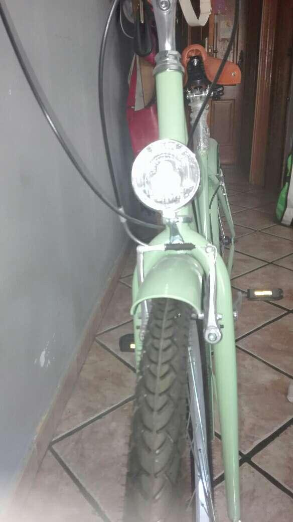Imagen producto Bicicleta verde pastel 2