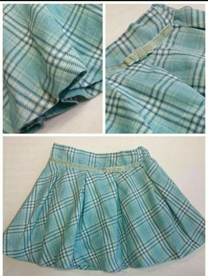 Imagen falda azul cuadros