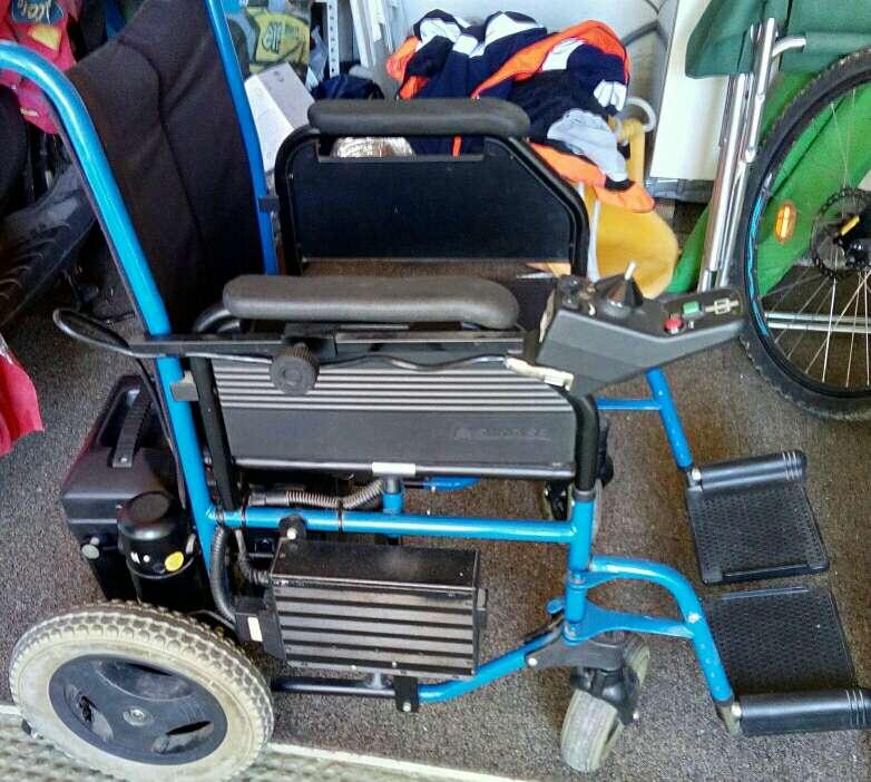Imagen silla de rueda eléctrica