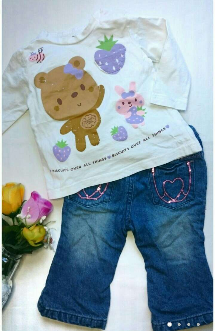 Imagen Camiseta osito y vaqueros niñas